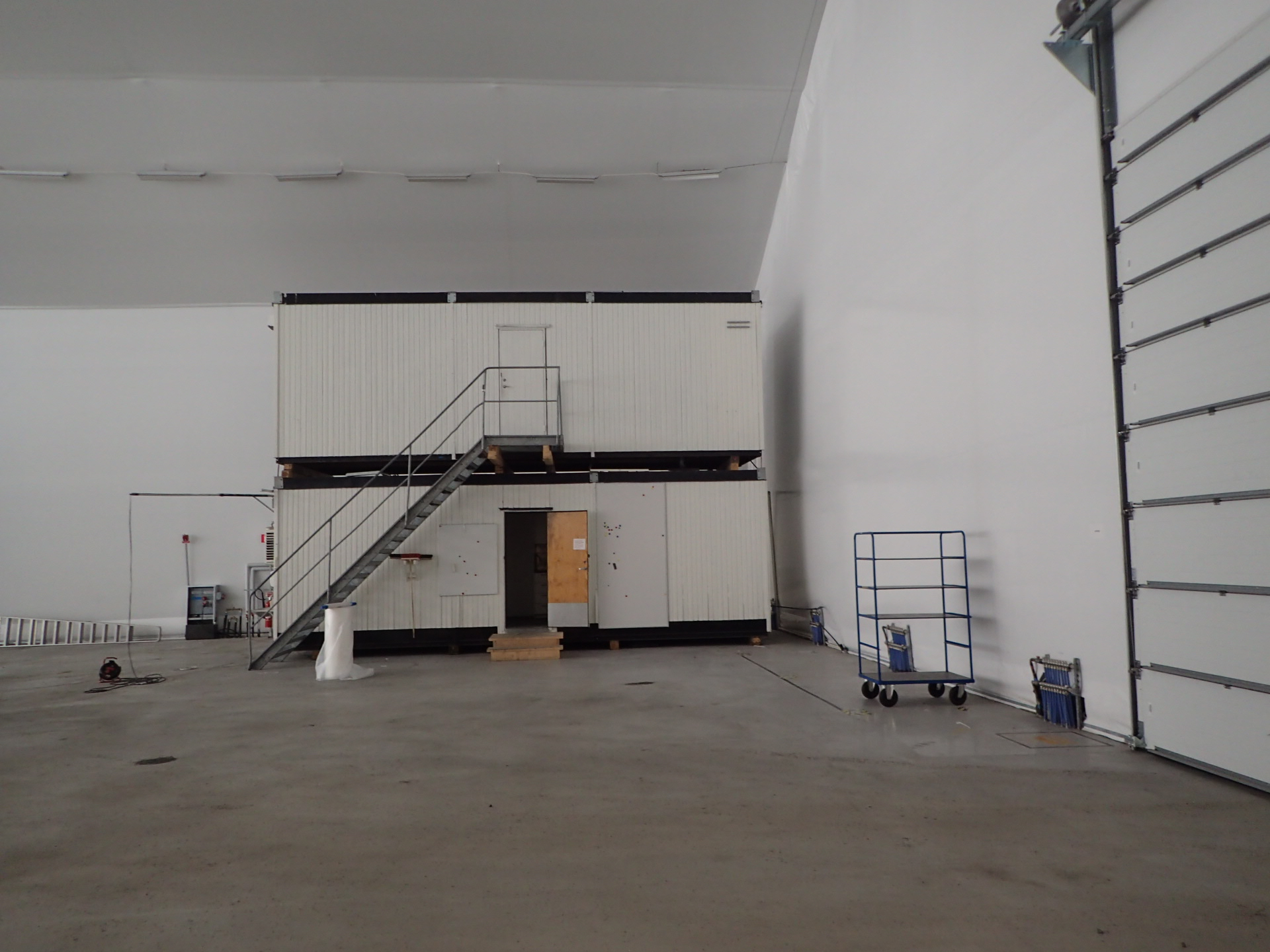 Tält Hangarhall Nätauktioner & Konkursauktioner | Fynda