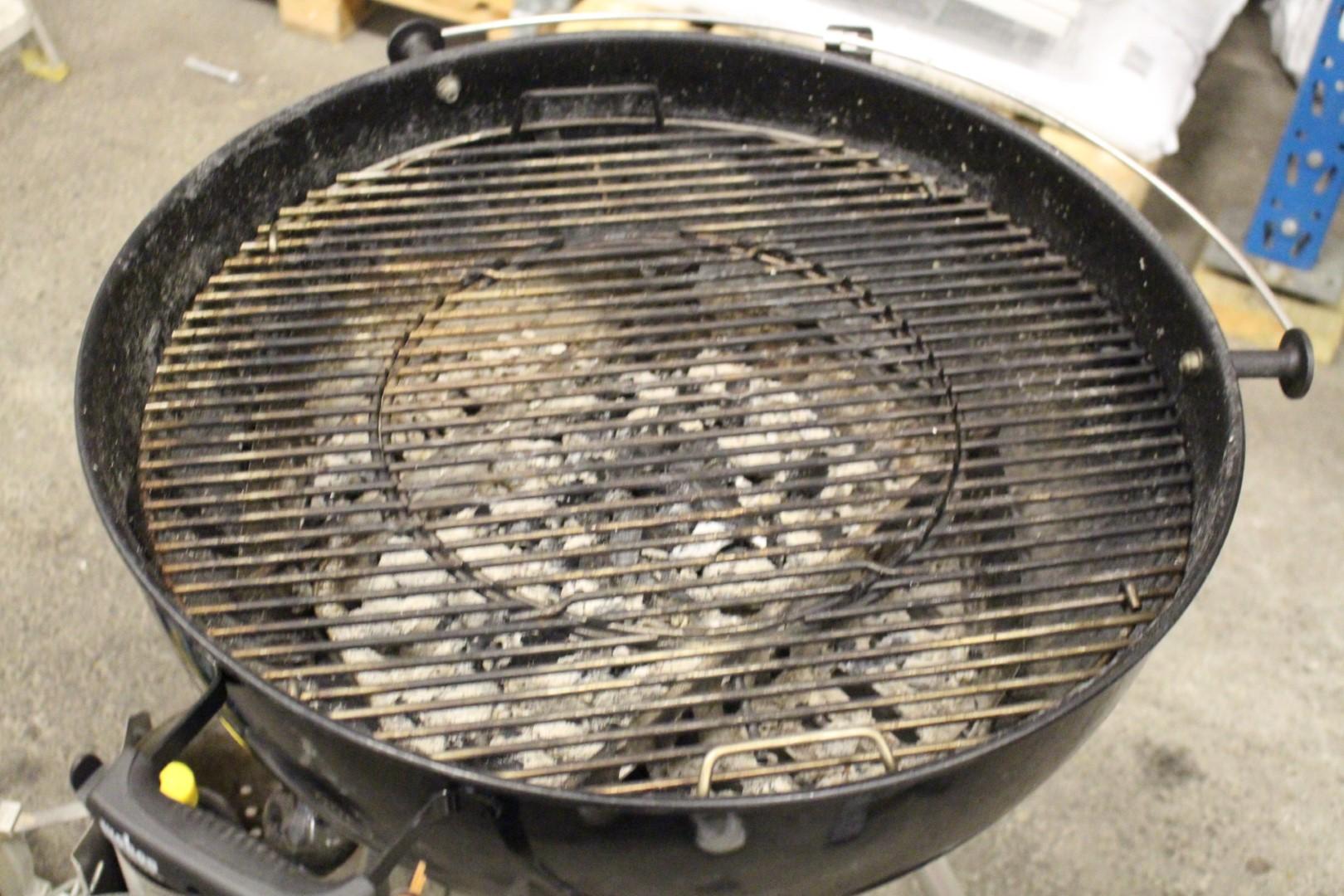 Weber grill Nätauktioner & Konkursauktioner | Fynda Online