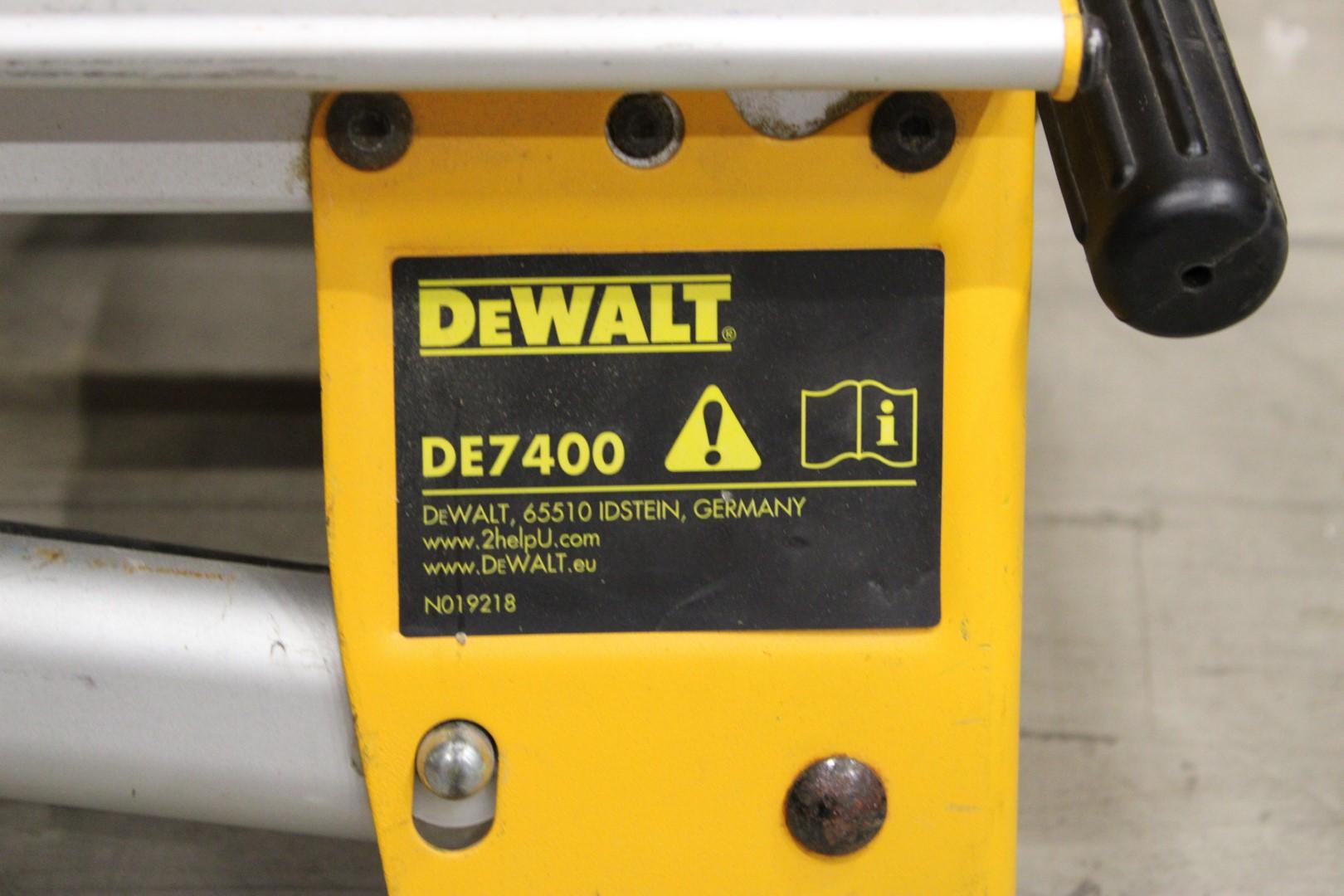 Fantastisk Kapsåg med sågbord, DeWalt DW745-QS / DE7400 - PS Auction – Vi YZ-17
