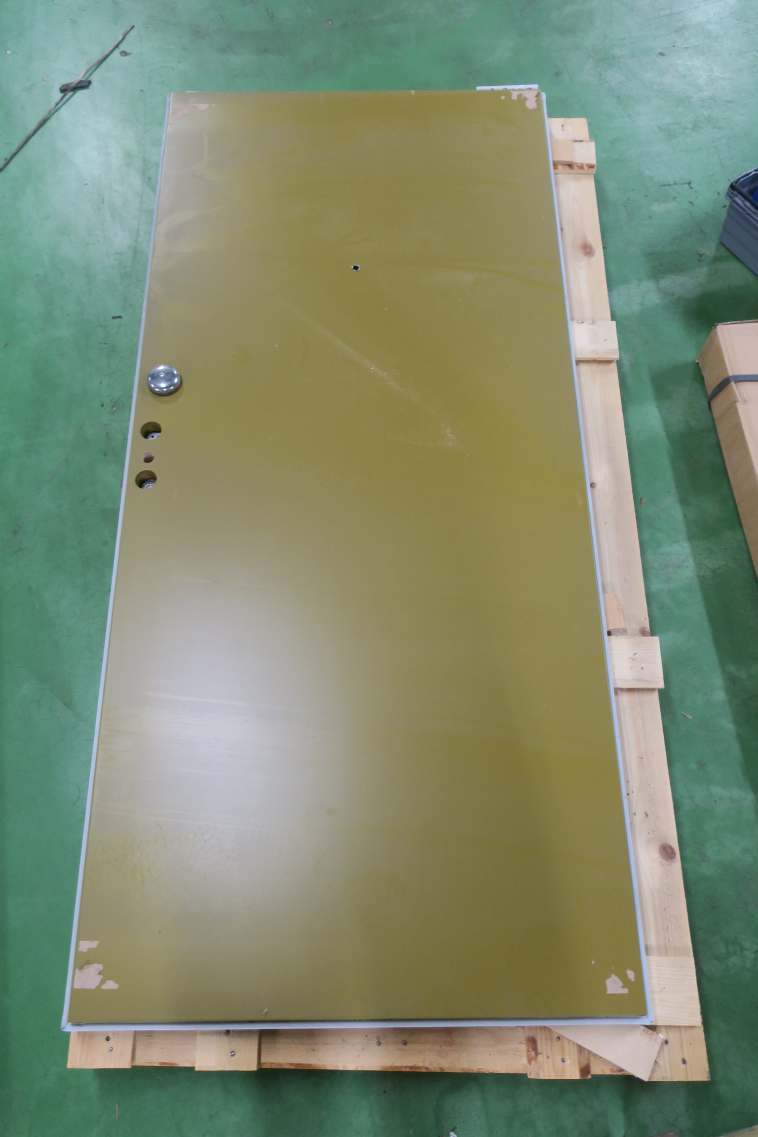 Massive inner door Dooria 10x21 Left & Massive inner door Dooria 10x21 Left - PS Auction