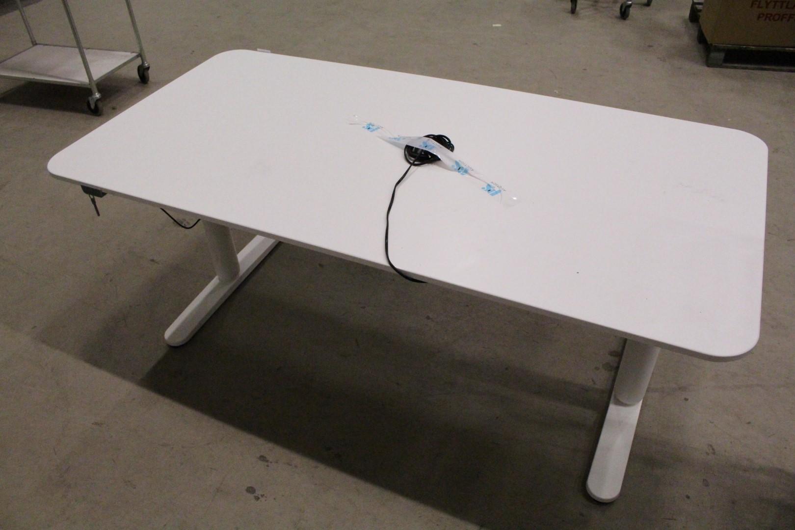 Höj och sänkbart skrivbord, IKEA Nätauktioner