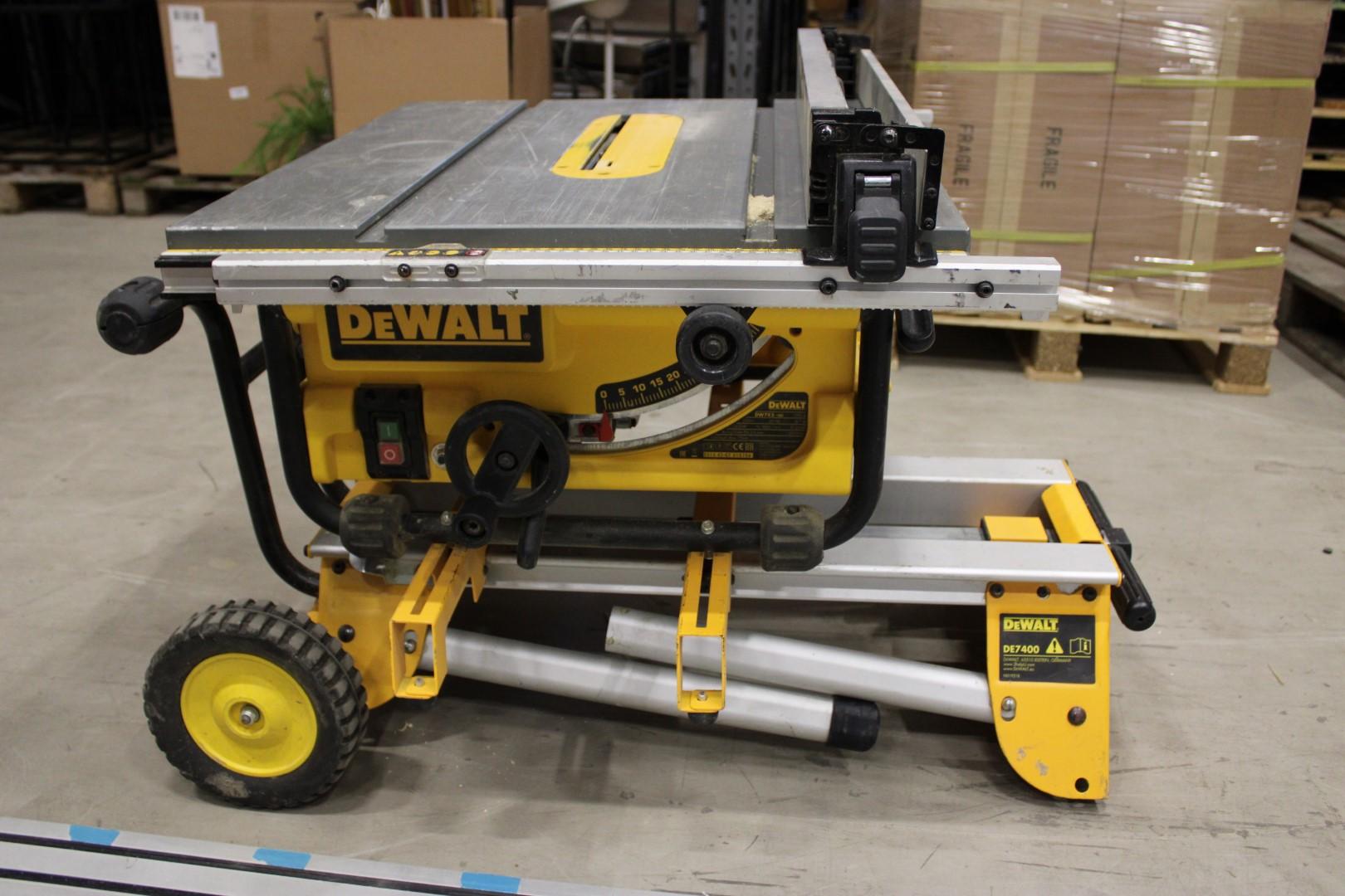 Bra Kapsåg med sågbord, DeWalt DW745-QS / DE7400 - PS Auction – Vi NX-51
