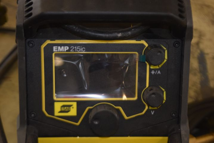 Weld ESAB Rebel EMP 215ic - PS Auction - We value the future