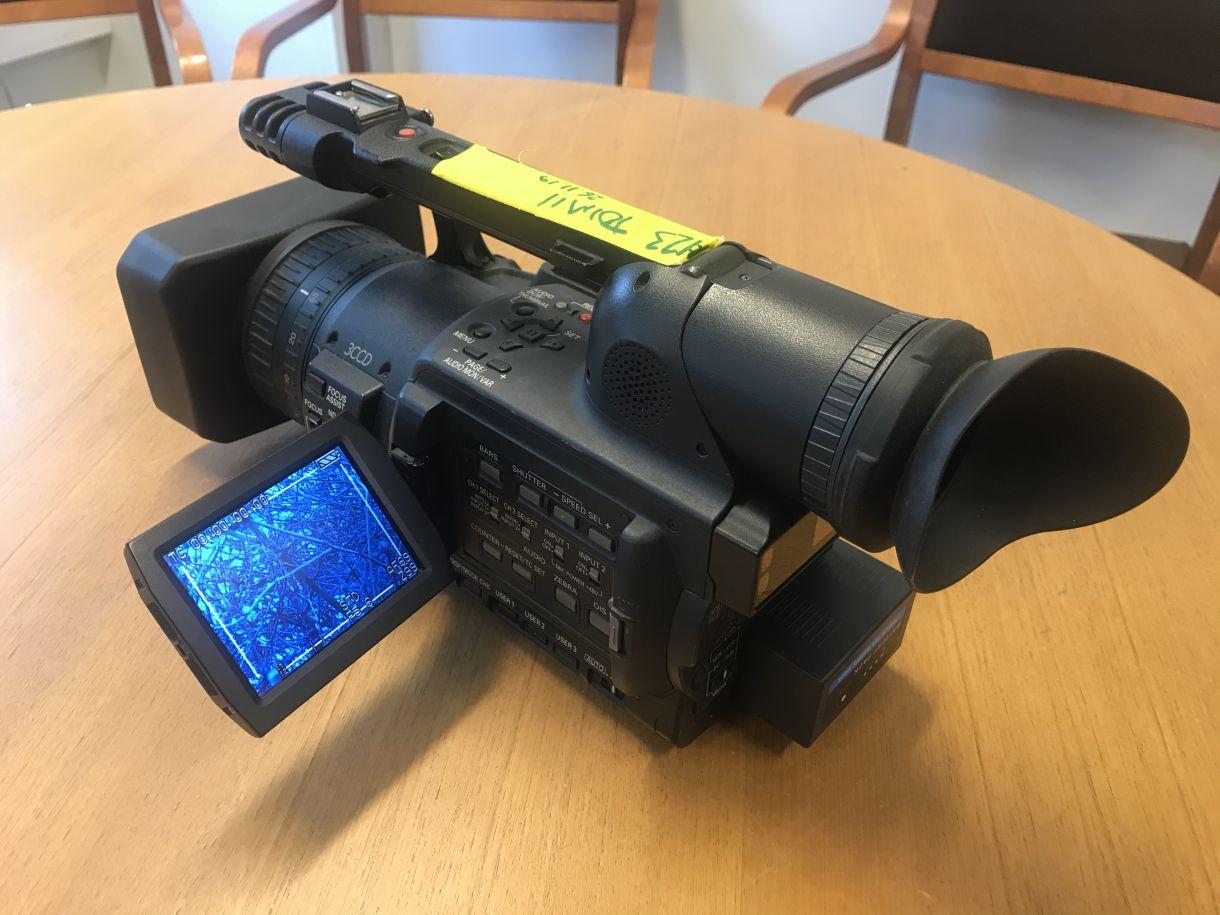 Yleisradio - Panasonic videokameroita ja videoreppuja